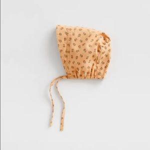 NWT 1-6 month Zara orange floral bonnet